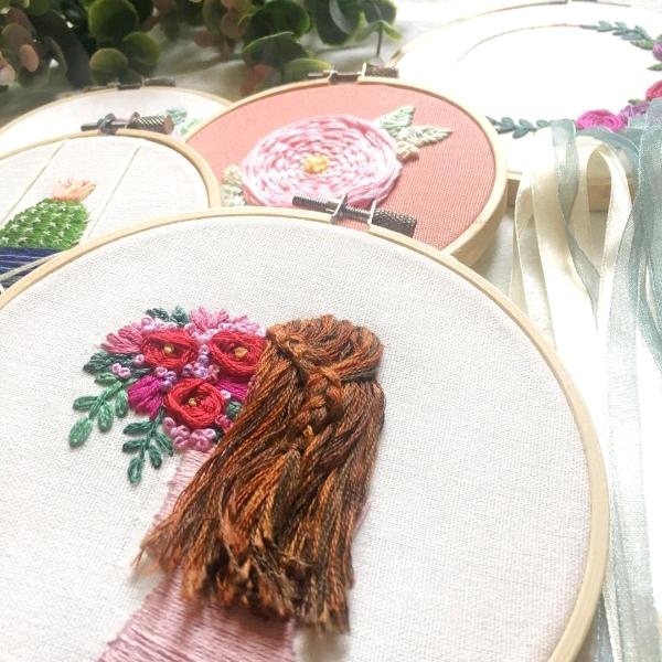 长发女孩刺绣工坊2