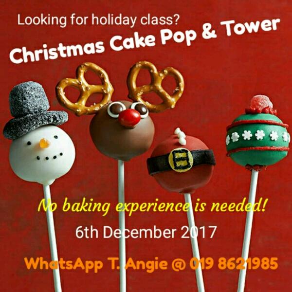 Christmas Cake Pops0