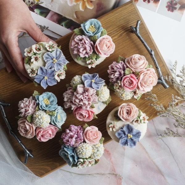 01/06 Bean Paste Flower Cupcake0