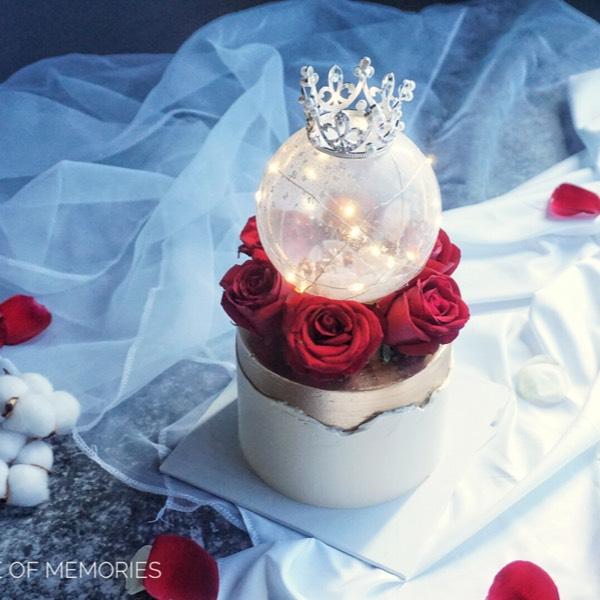 06/05 Classic Red Velvet Cake With Fresh Flower 0