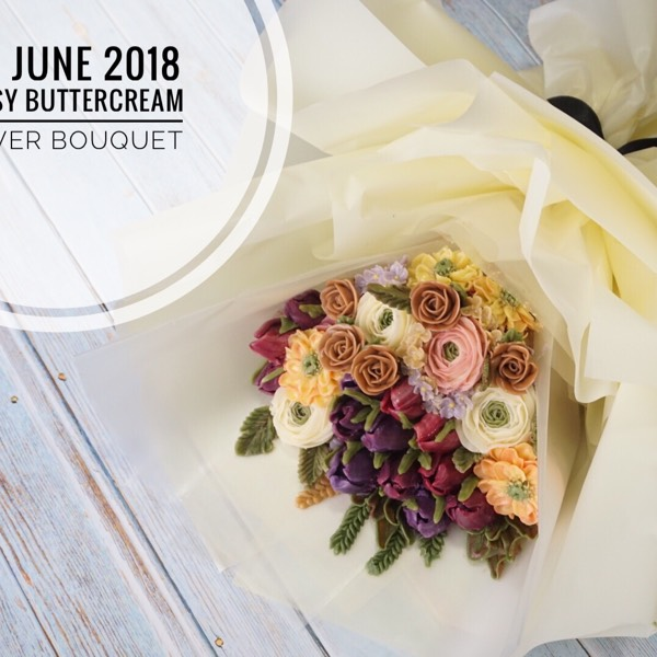 11th June Glossy Buttercream Flower Bouquet Cake0