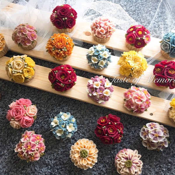 2/12 Bean Paste Flower Cupcake Course0