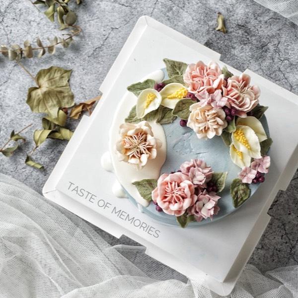 28/10 Chocolate Cream Flower Cake (pj)0