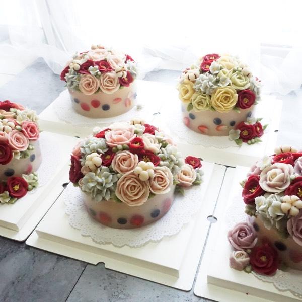 30/12 KOREAN WINTER RICE CAKE WITH BEAN PASTE FLOWER0