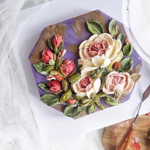 Realistic Bean Cream Flower & Chocolate Cream Palette Knife Sculpture 0