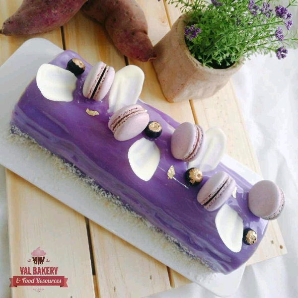 紫薯海绵蛋糕搭配龙眼慕斯 Purple Sweet Potato With Longan Mousse0
