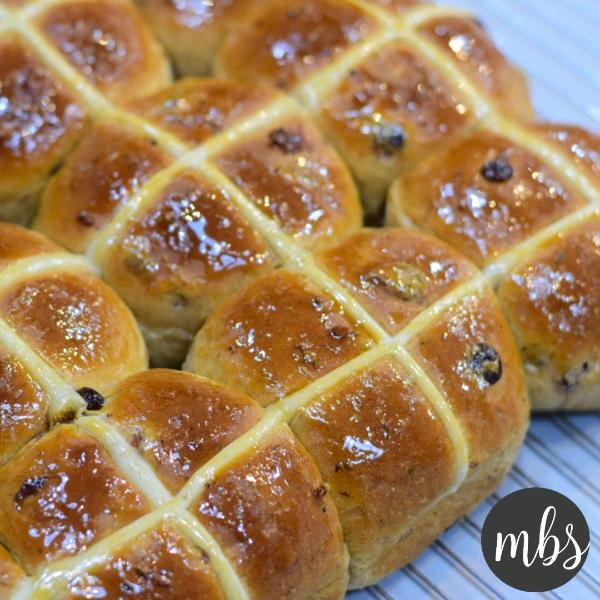 Recipe: Easter Hot Cross Bun0