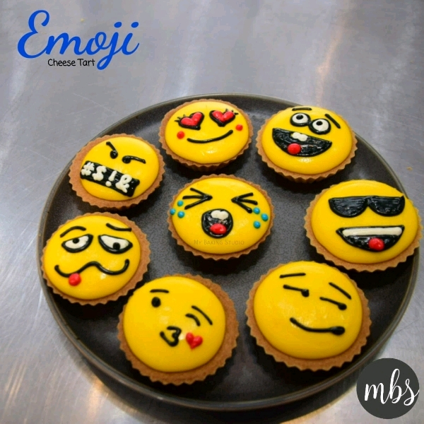 Emoji Cheese Tart Workshop0