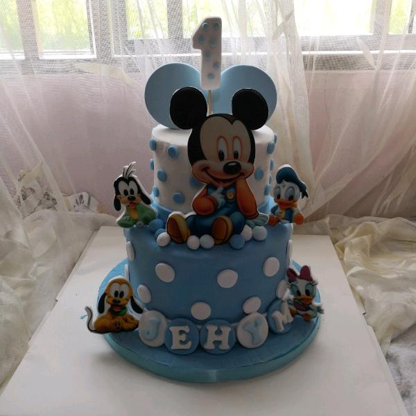 Baby Micky Fondant Cake0