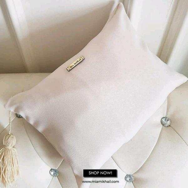 Basic Off White + Bag2