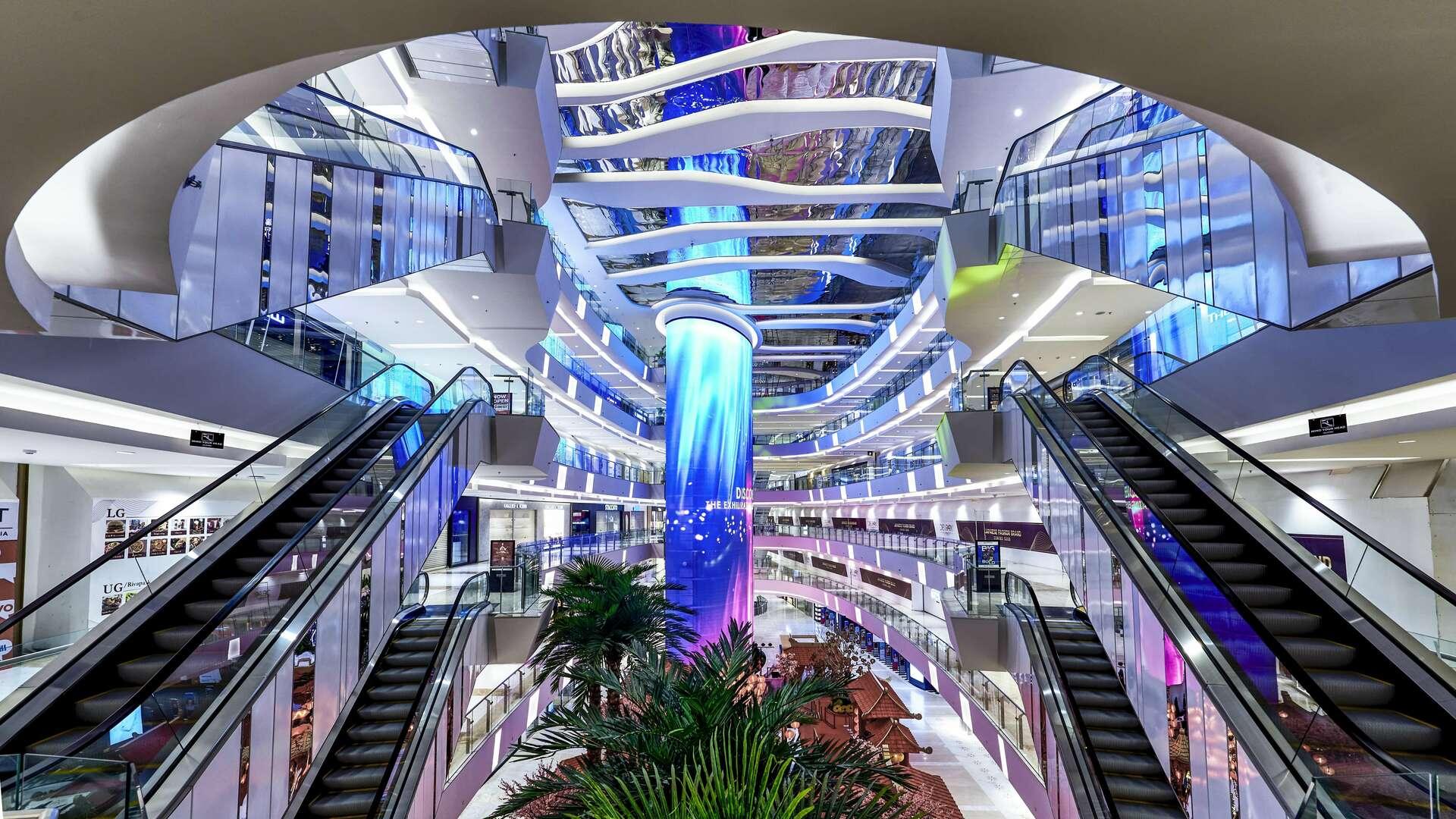 the largest shopping mall in medan di Podomoro City Deli Medan