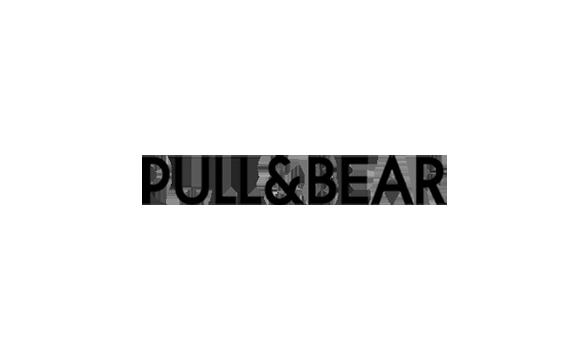 Pull Bear di Podomoro City