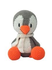 Doting Penguin