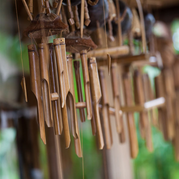 wooden wind chimes are best suited in the east south east and south direction it brings growth to the residents when hung in the east zone brings money - Windchimes