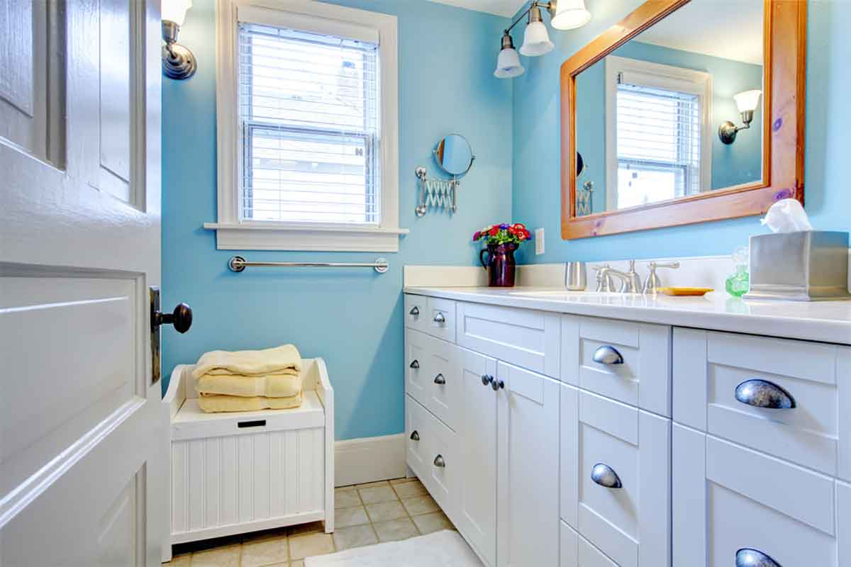 5 Useful Tips for Budget-Friendly Bathrooms | Homeonline