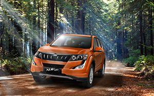 Mahindra XUV500 W6 AT