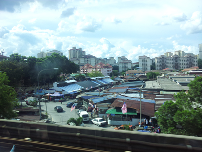 The Keramat Mall would have huge boost with traffic if the relocation of the exixiting Keramat Market is realized. Image size:400x300px