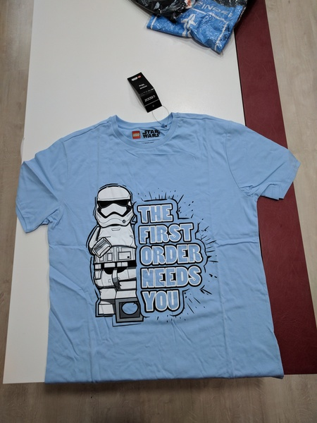 Star_wars_tshirt_1492680228
