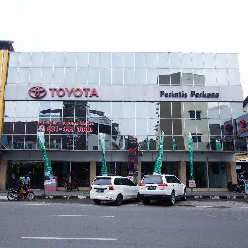 Perintis Perkasa Toyota Gatot Subroto