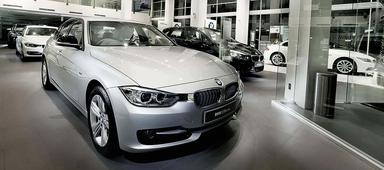 BANNER BMW.jpg