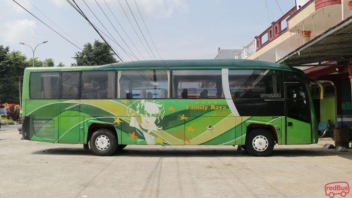 Dharmasraya To Jakarta Family Raya Ceria Bus