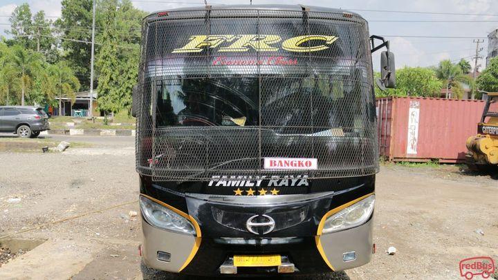 Bukittinggi To Muara Bungo Family Raya Ceria Bus