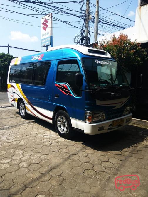 Handayani Travel Bus
