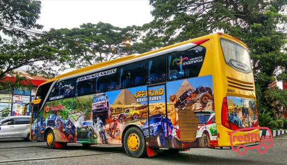 Tiara Mas Offroad Adventures Bus
