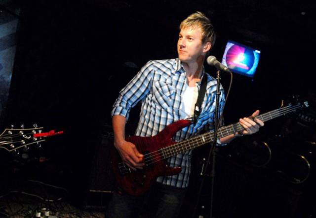 Brett Lee, Fast Bowler, Australia, india, Music, Cafe, Cricket