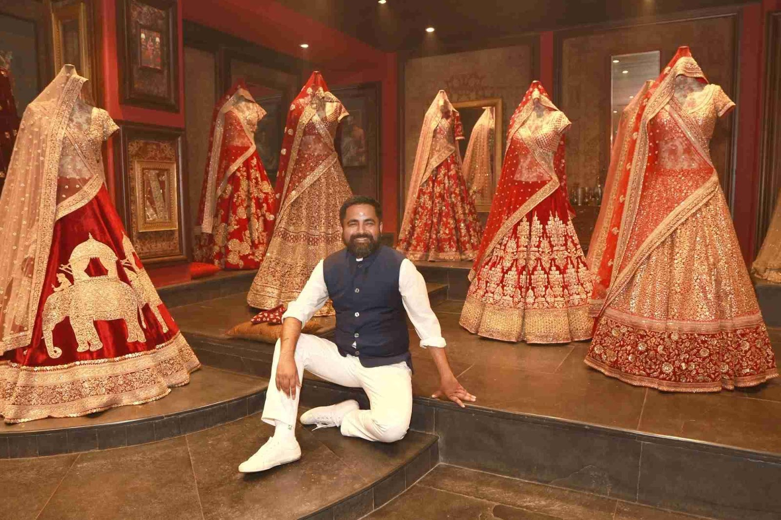 Fashion, Brand, Kareena kapoor, Deepika Padukone, Bollywood, Trend, subhyasachi mukherjee