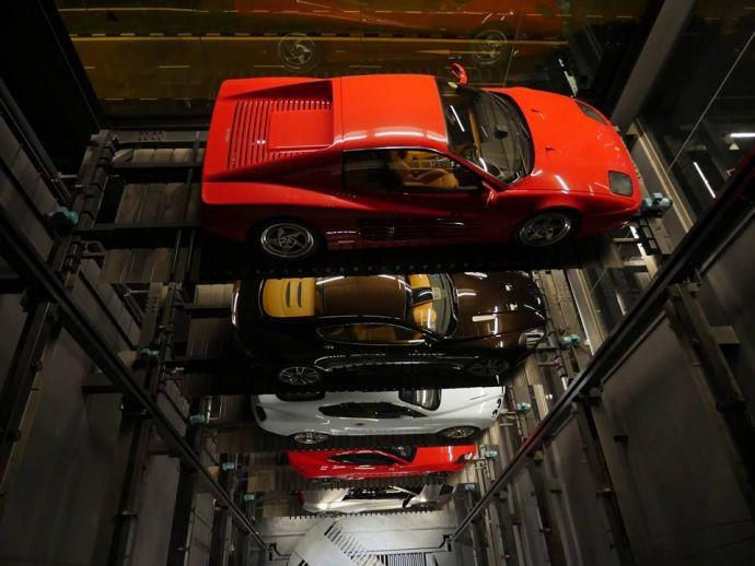 Singapore, cars, luxury cars, Bentley, Ferrari, Lamborghini, Porsche, Singapore 'Vending Machine', Luxury Car Vending Machine, Autobahn Motors, ABM, Fishbone System By ABM, ABM General Manager Gary Hong