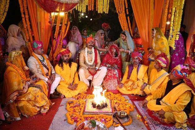 Karni Singh Sodha, Bride Padmini Rathore, Indian Groom, Pakistani Bride, Priya Bachchani, Naresh Tewani