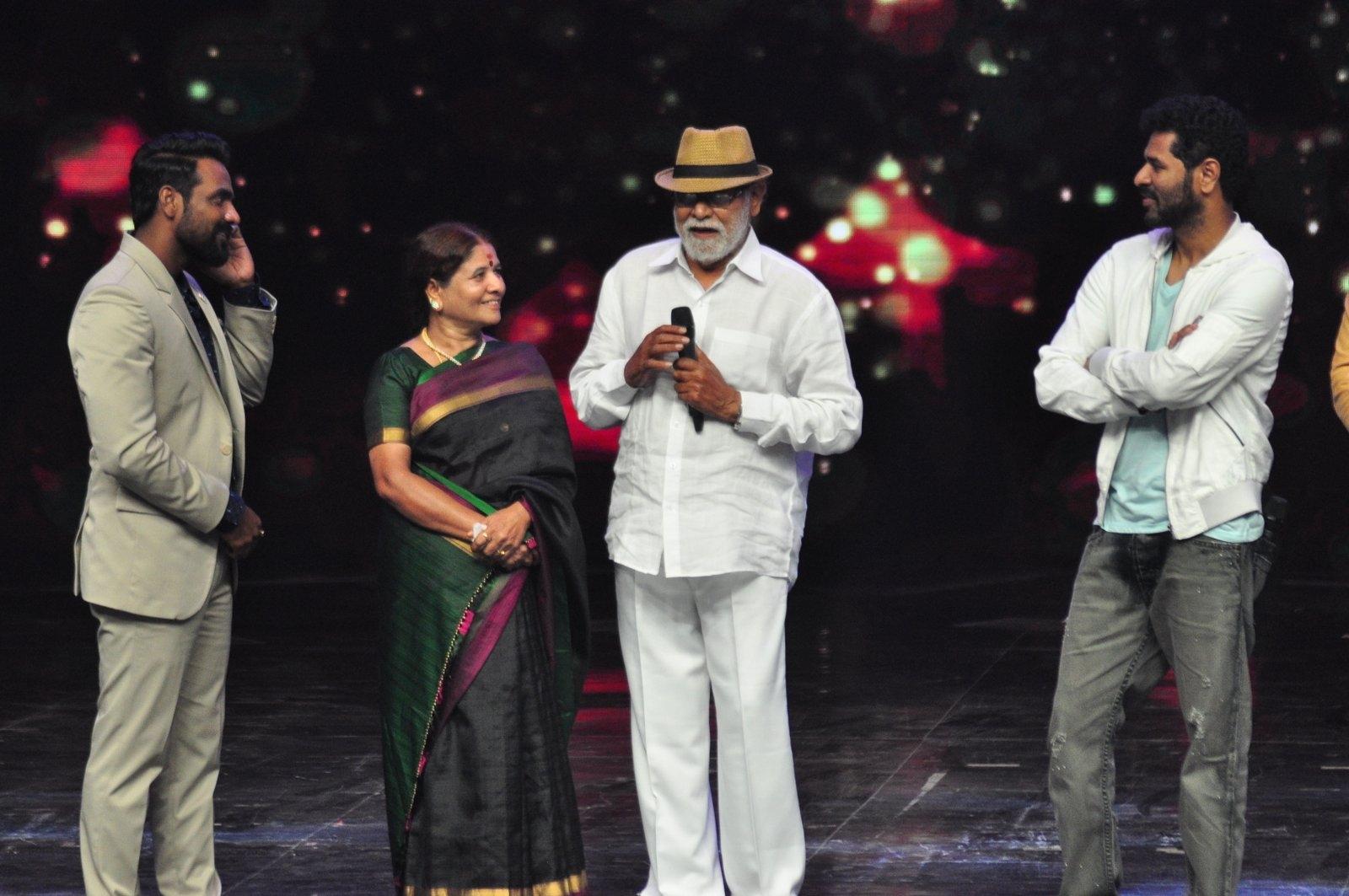 Prabhu Deva, Dance, Michael Jackson, Mentor, Mugur Sundar, Remo D'Souza