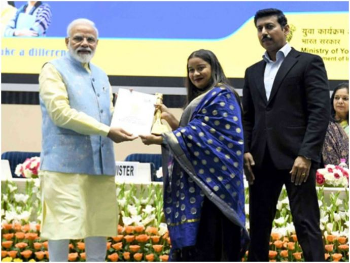 Nagpur, nagpur girl, shweta umre, National Youth Parliament Festival 2019, ministry of youth affairs and sports, New delhi, Narendra Modi, prime minister, Youth affairs minister, Colonel Rajyavardhan Rathore, Vigyan Bhawan, masters in film studies