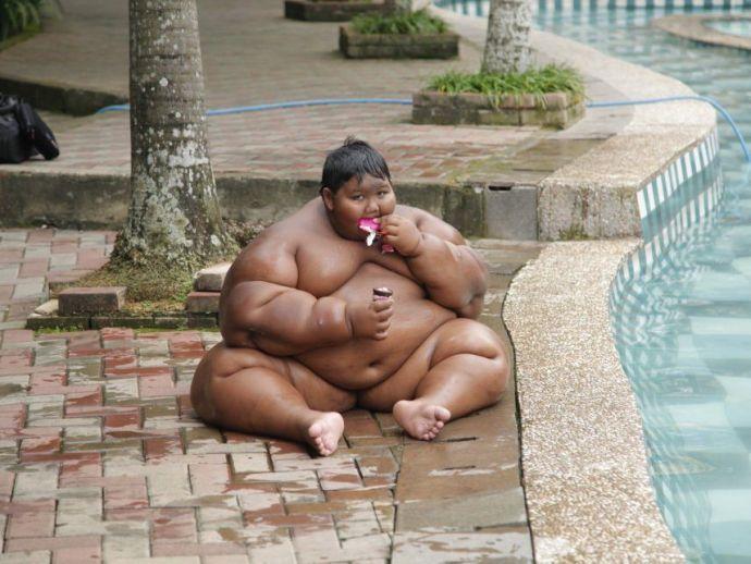 heaviest kid in the world, 192 Kg, Age 11, Arya Permana, Indonesia