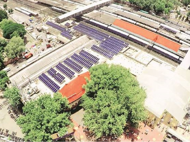 Solar Power Plant at Pune Railway Station, Persistant Foundation, Pune division of Central Railways, Solar Power At Pune Railway Station, Railway Minister Suresh Prabhu