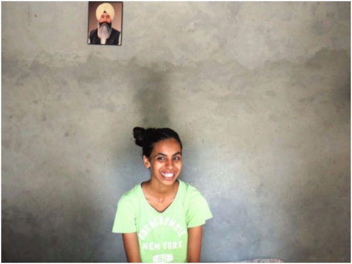 Manvi Chaudhary, Wellesley College Massachusetts, Scholarship, First in her village to go abroad, Massachussetts, uttar pradesh, dhanauri mafi, amroha, bulandshahr, vidyagyan, school, shiv nadar foundation, HCL
