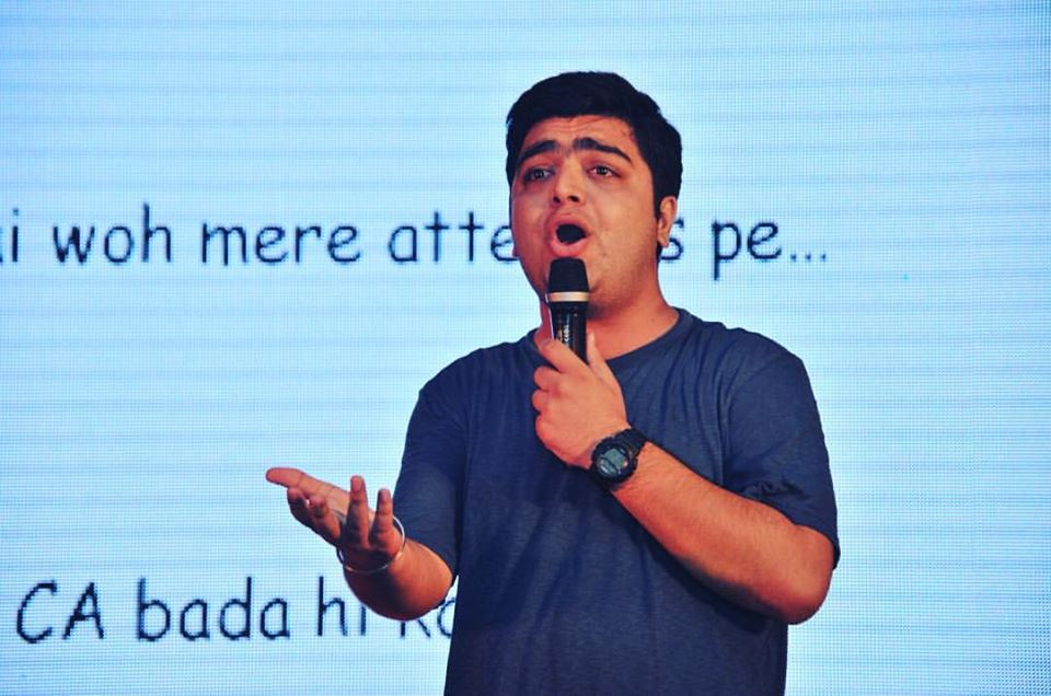 Jitesh Vasani from Nagpur, Funny Bone From Nagpur, Tweets By Jitesh Vasani, One liners by Jitesh Vasani, Puns By Jitesh Vasani