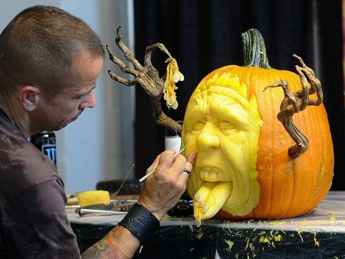 Pumpkin, Artist, Pumpkinpainting, art, wall street, Ray Villafane