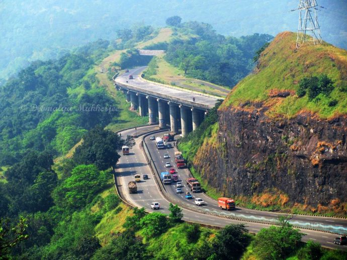 Pune, Mumbai, Expressway, changeover, realignment, 20 minutes, travel, time, reduce
