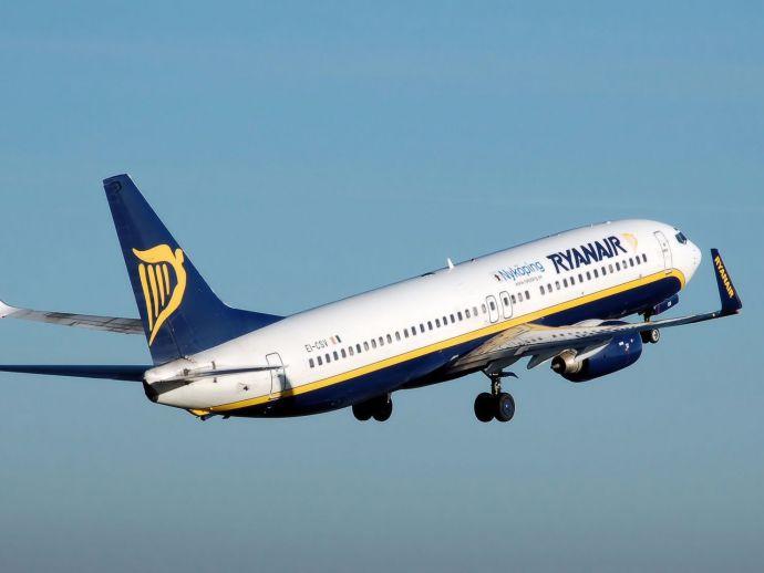 Ryanair flight to Madrid, Ryanair flight, Madrid, Allahu Akbar, Nine Passenger, bomb, Zaventem, Brussels, joke, scare