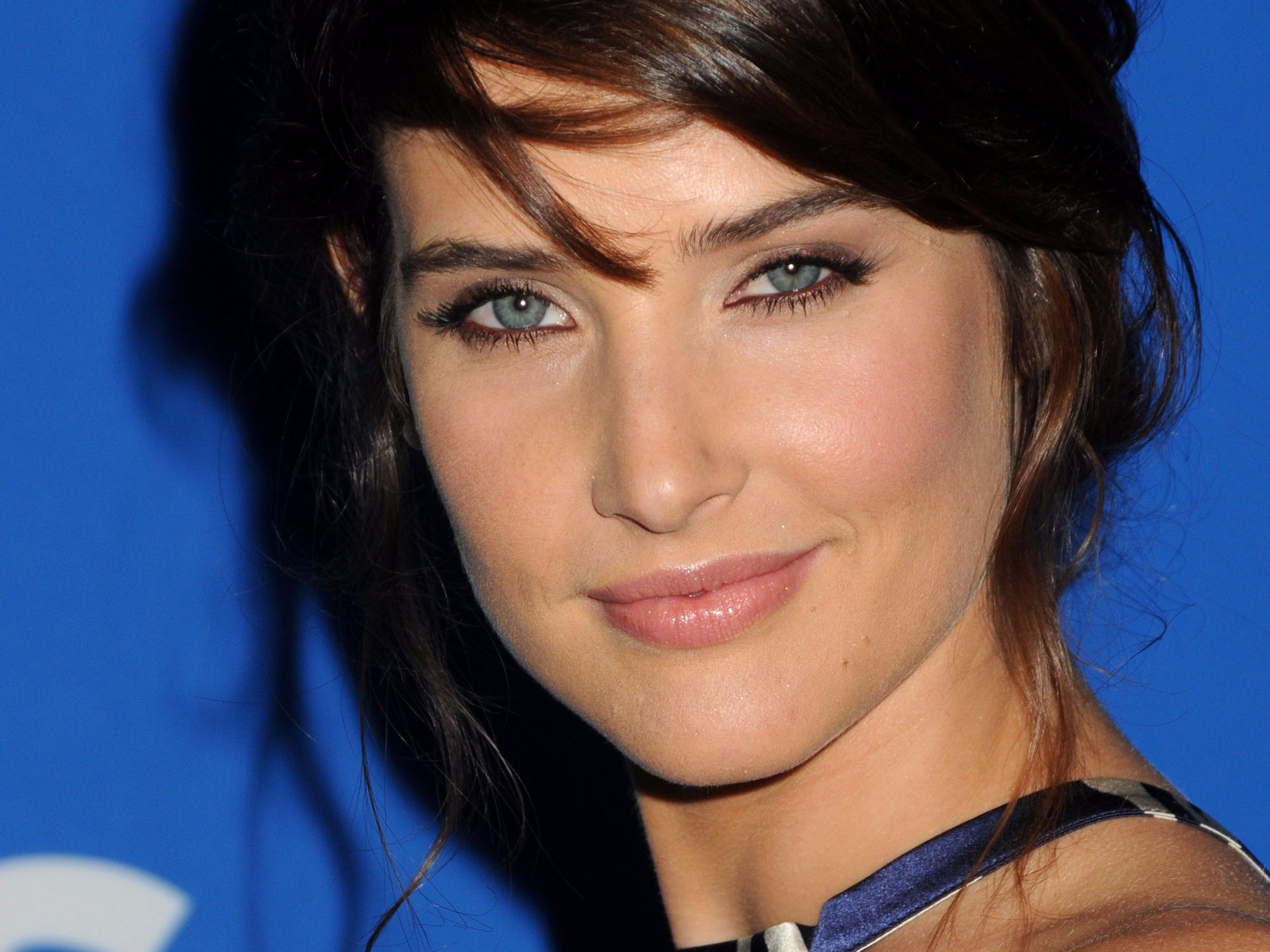 Cobie Smulders, Cancer, Ovarian Cancer, Actress, Women's Health, Cover, Avengers, How I Met Your Mother