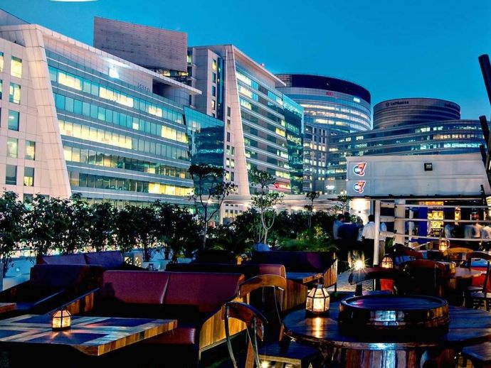 Gurgaon's Ambience Mall, Supreme Court's Liquor Ban, Supreme Court, DLF Cyber Hub, Liquor Ban, entry, root, NH8