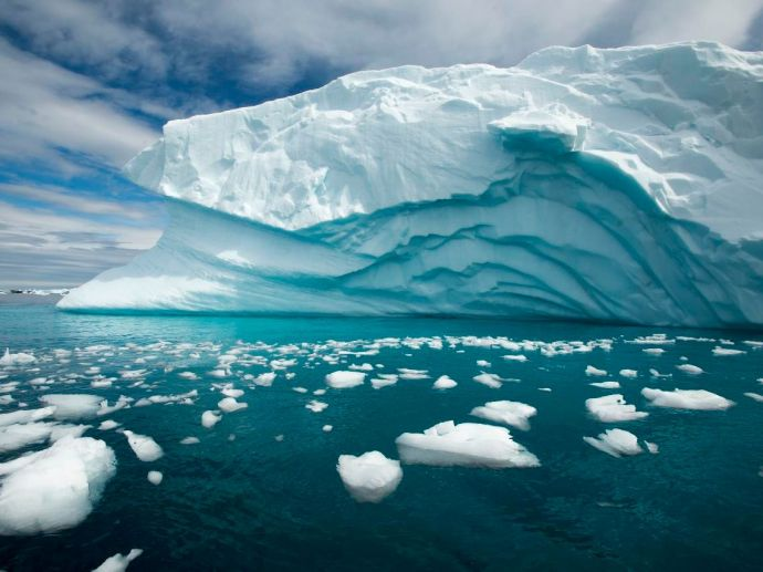 study, Antarctica, chunk, ice, greater, London, underwater, melt, warm, ocean, water, currents, retreat, groundline, edges, satellite, float, submersible