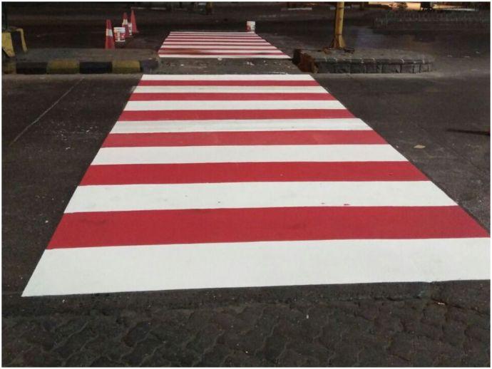 nagpur, Nagpur Municipal Corporation, NMC, Samvidhan Square, zebra crossing, red and white, Raja Rani Square, civil lines, city civic body, NMC's executive engineer (traffic), AG bodhile, municipal commissioner, Abhijit Bangar, cold plastic paints, Deputy