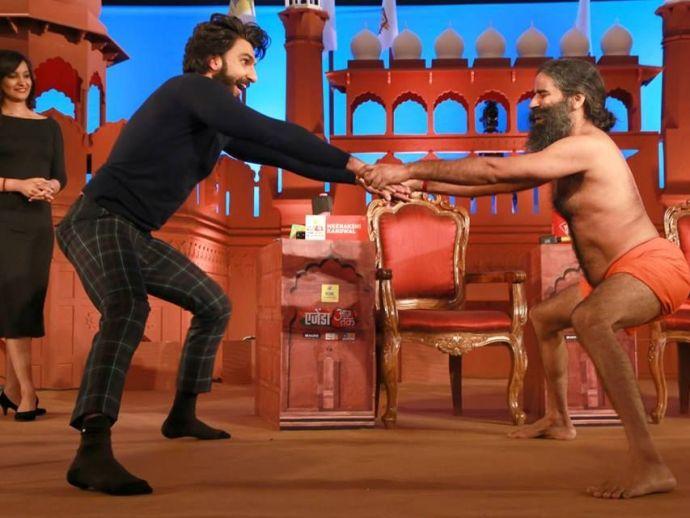 Ranveer Singh, Baba Ramdev, Dance, Dance Battle, Aaj Tak, Agenda Aaj Tak 2016