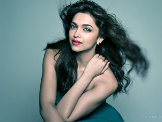 Deepika Padukone, Priyanka Chopra, Sexiest Asian Woman, actress, bollywood, hollywood, movies, entertainment