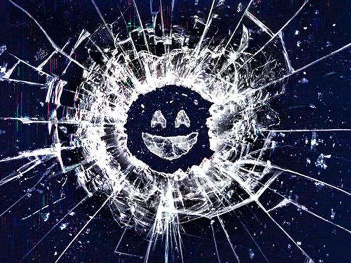 Black Mirror, fans, fandom, Netflix, series, original, Charlie Brooker, Twitter, tweet, plot, season, upcoming, five, science fiction, anthology, British, drama, fiction, installment, plot, scene, scenario, outline, narrative, story, storyline, program, f