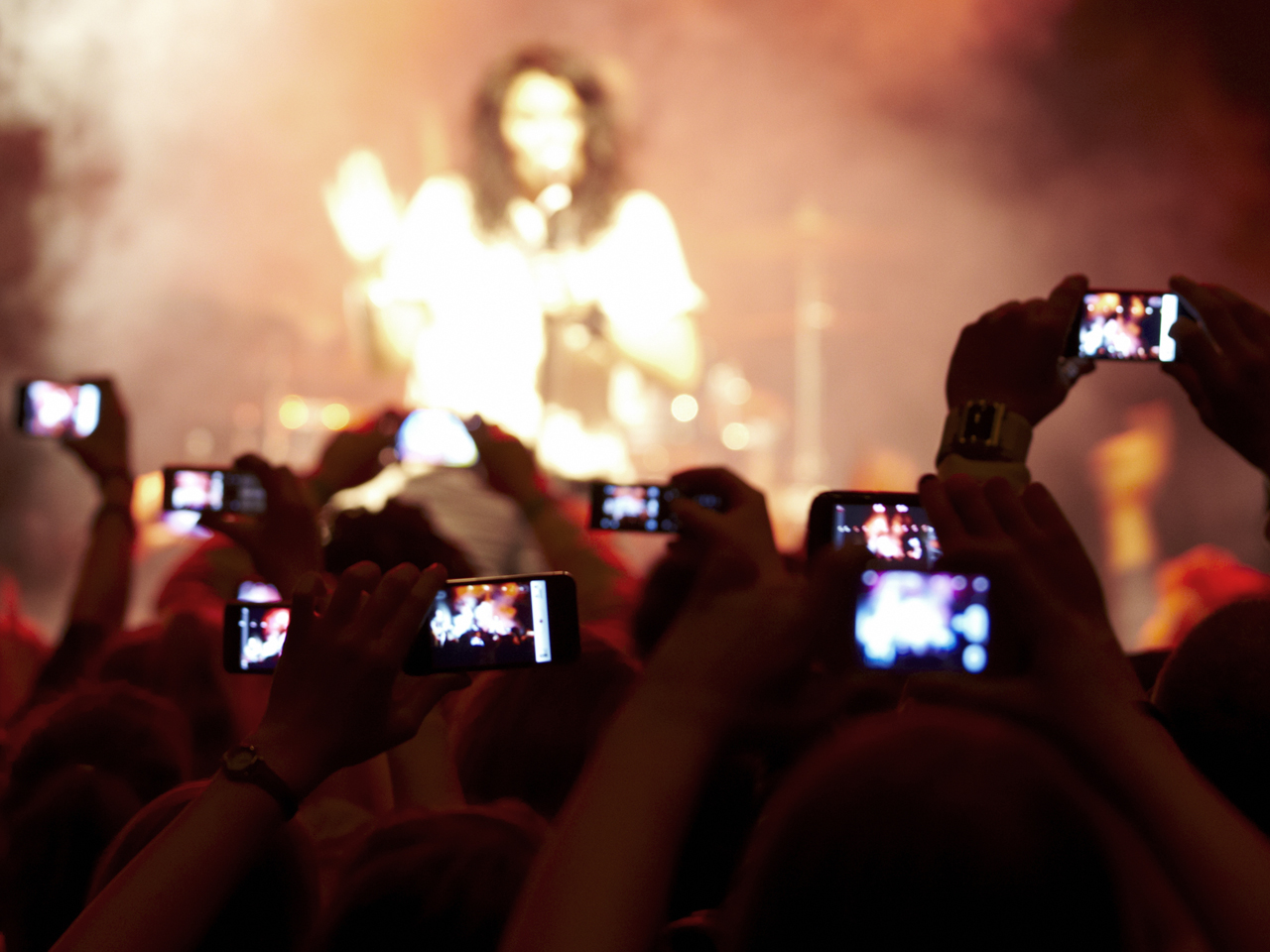 Apple, Apple Patents Technology, Cameras At Concerts, Concerts, Technology, Patents By Apple