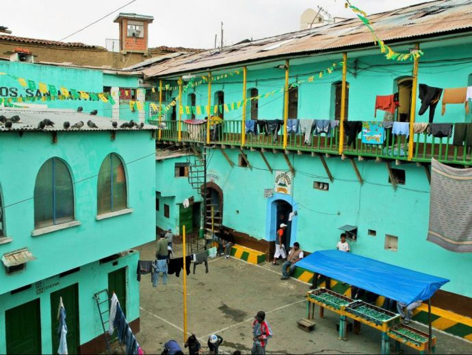 Bolivia, prison, inmates, crime, La Paz, San Pedro, La Posta, drugs, cocaine, jail, society, community, San Pedro prison, Humane Prison, Weird Prisons, Unique Rehabilitation cells, Strange Imprisonments